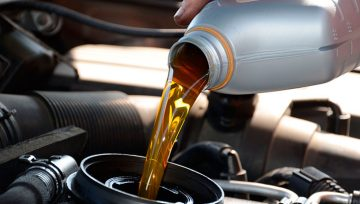 Cómo elegir el aceite de motor adecuado para su vehículo